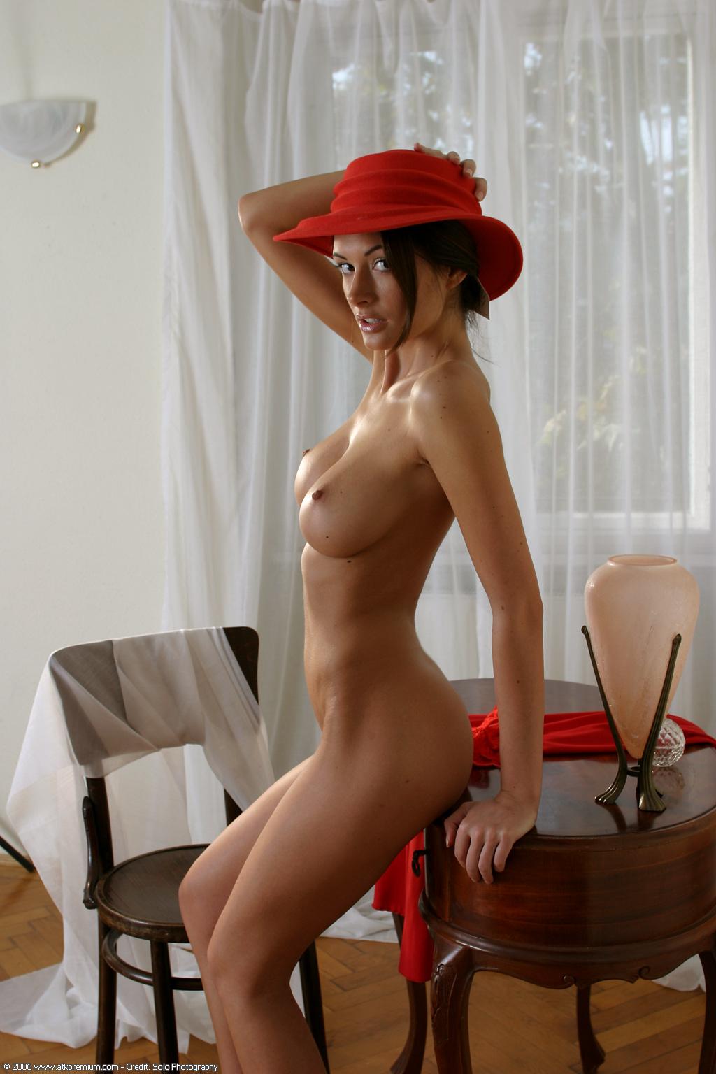 Секс красная шапочка старухи 13 фотография