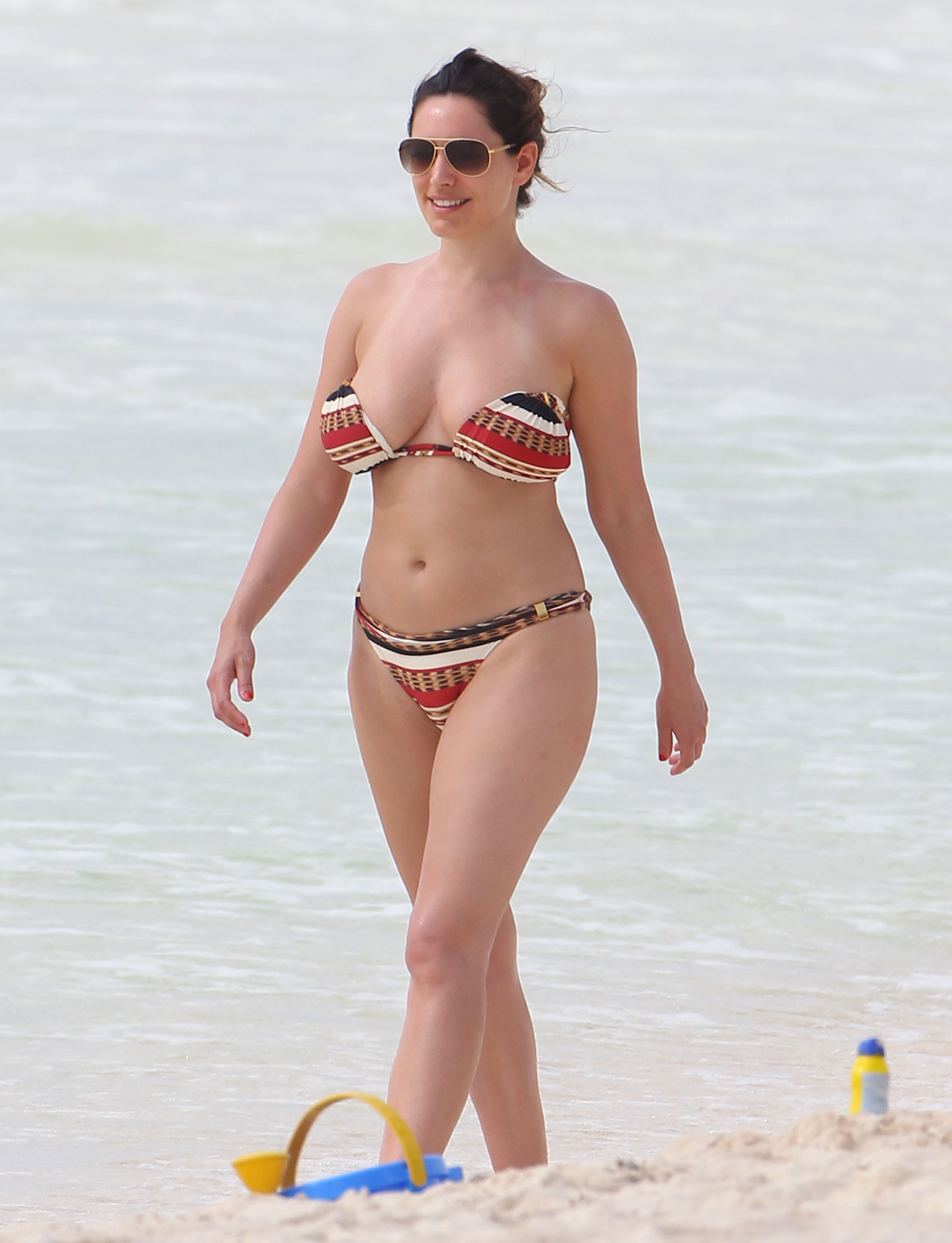 kelly brook babes today